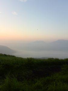 大観峰から阿蘇五岳を望む